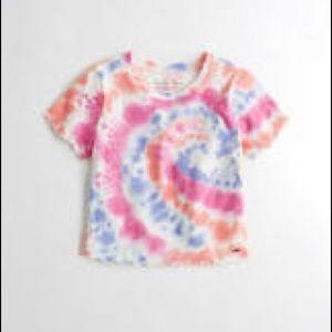 Must-Have Crop Slim T-Shirt